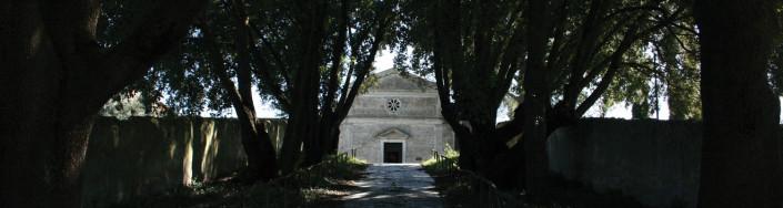 Salita verso la chiesetta annessa all'ex Convento Sant'Andrea